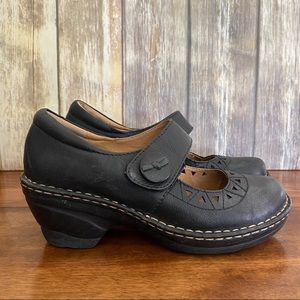 SoftSpots Leather Wedge Mary Janes